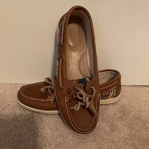 Sperry Boat Shoes size 7.5